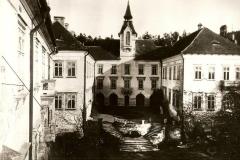 Zamek-Zinkovy-historie-ve-fotografii-009