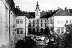Zamek-Zinkovy-historie-ve-fotografii-025